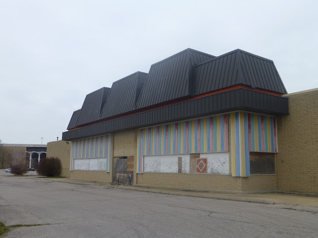 Dead And Dying Retail Euclid Square Mall Euclid Ohio