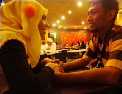 pacaran di Mc Donald Bali