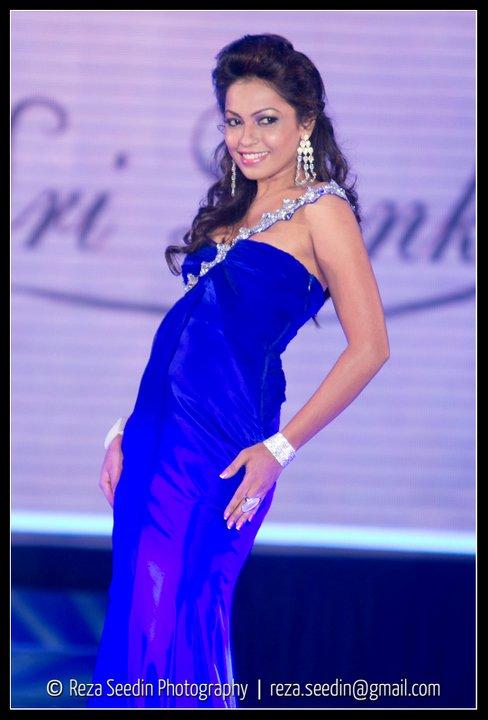 Girls Miss Sri Lankan 2011 Unseen Photos-3532