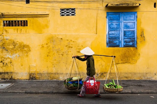 Photographs of Hoi An by photographer Réhahn in top Travel Magazine in UK 12