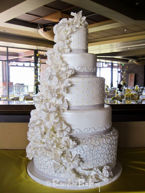 Bamboo Bakery 6022468061 WINNERS of 50000 Wedding Cake and