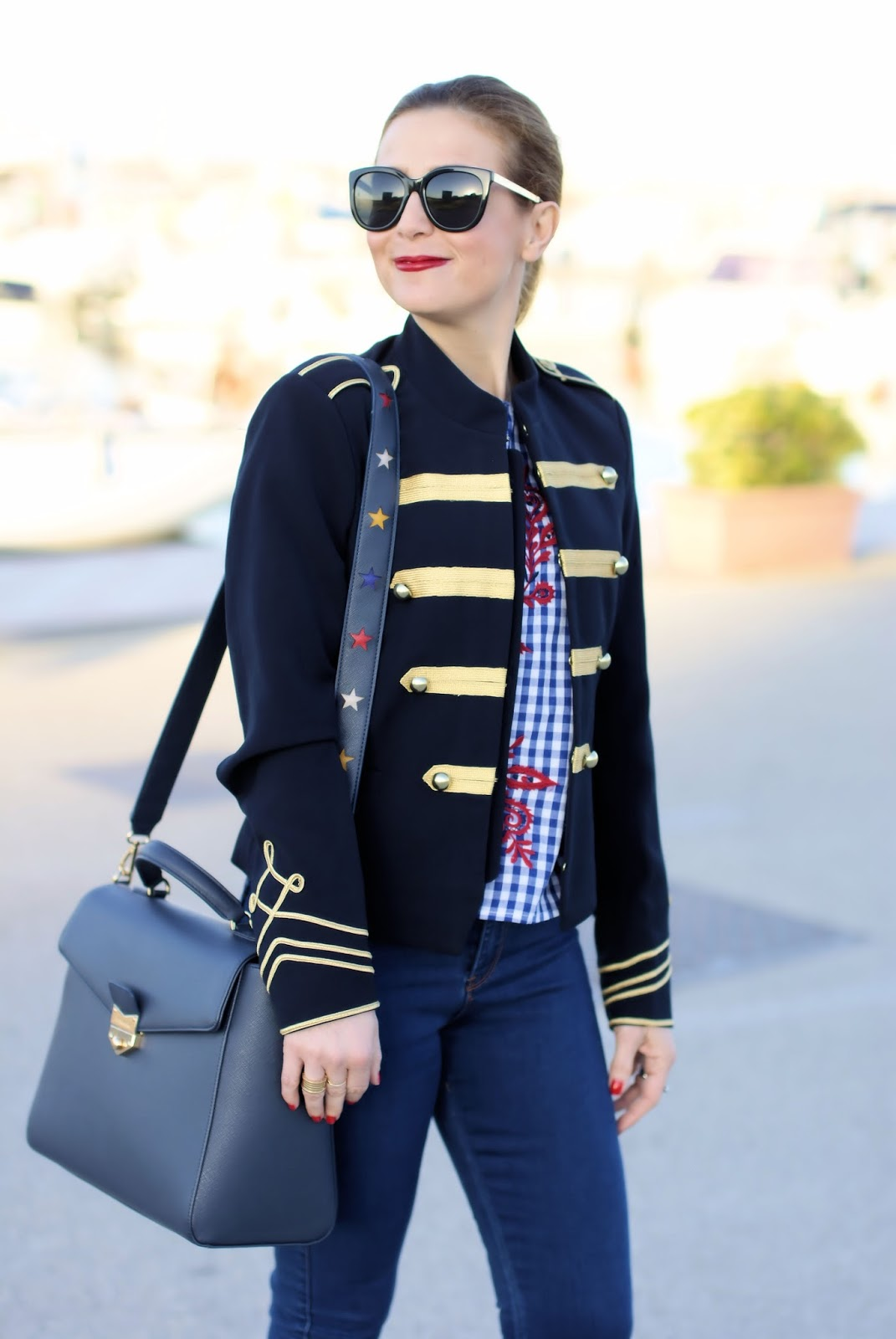 Captain look, navy fashion outfit on Fashion and Cookies fashion blog, fashion blogger and life coach