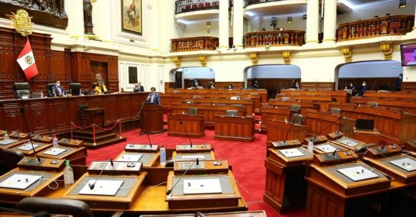 CONGRESO DE LA REPUBLICA: Presentan moción de vacancia presidencial