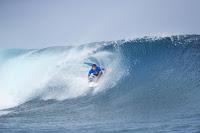 10 Julian Wilson Billabong Pro Tahiti foto WSL Kelly Cestari
