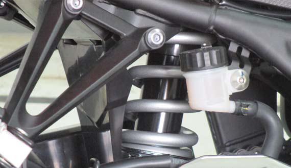 Kelebihan dan Kekurangan Motor Sport Yamaha R25