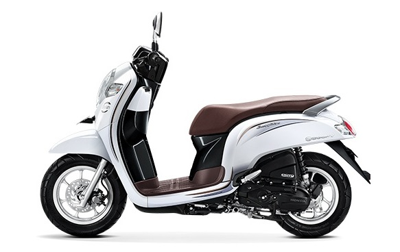 Honda Scoopy eSP warna stylish white