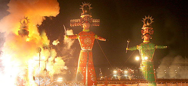 Dussehra messages Hindi,Sweet Dussehra ,Dussehra wishes,Dussehra SMS 140 character,Happy Dussehra SMS in Hindi & English.
