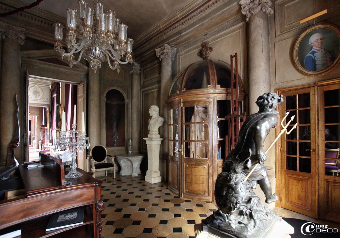 L'entrée du restaurant 1728, à Paris
