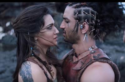 Kriti Sanon beautiful Looks, Images From Raabta Movie