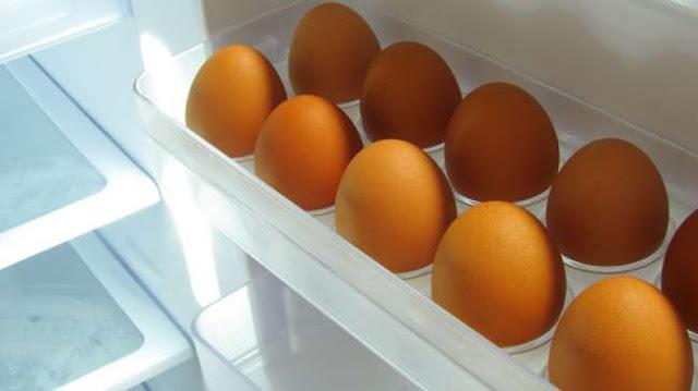 Bahaya Menyimpan Telur dikulkas
