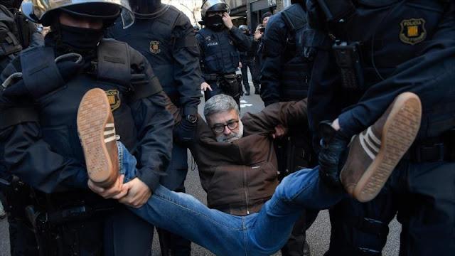 Protestan en Barcelona por juicio contra líderes independentistas