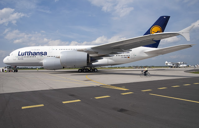 Lufthansa Airbus A380-800 At Berlin