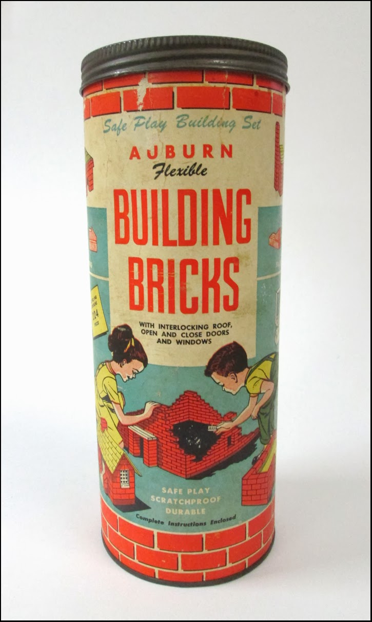 Vintage auburn flexible building bricks