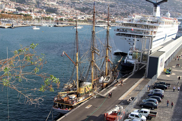 another day in Funchal harbor