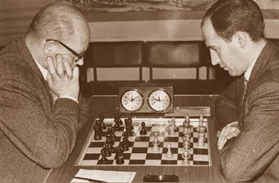 Partida de ajedrez Josep Paredes-Àngel Ribera, Final Campeonato Catalunya 1970