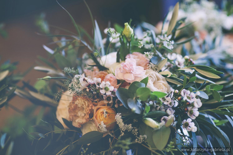 Dekoracje kwiatowe, Śluby międzynarodowe, Polsko Francuskie wesele, Ślub Cywilny w plenerze, Ślub w stylu francuskim, Romantyczny ślub, Wesele w Pałacu Goetz, Blog o ślubach, Najpiękniejsze śluby w Polsce