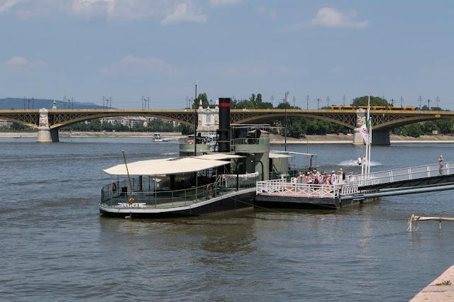 Battello sul Danubio-Budapest