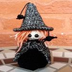 http://www.craftsy.com/pattern/crocheting/toy/little-halloween-witch-crochet-pattern/167997?rceId=1447967662929~kbhyboqa