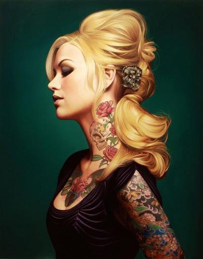 Caveira e flor pescoço desenho de tatuagem para as meninas bonitas
