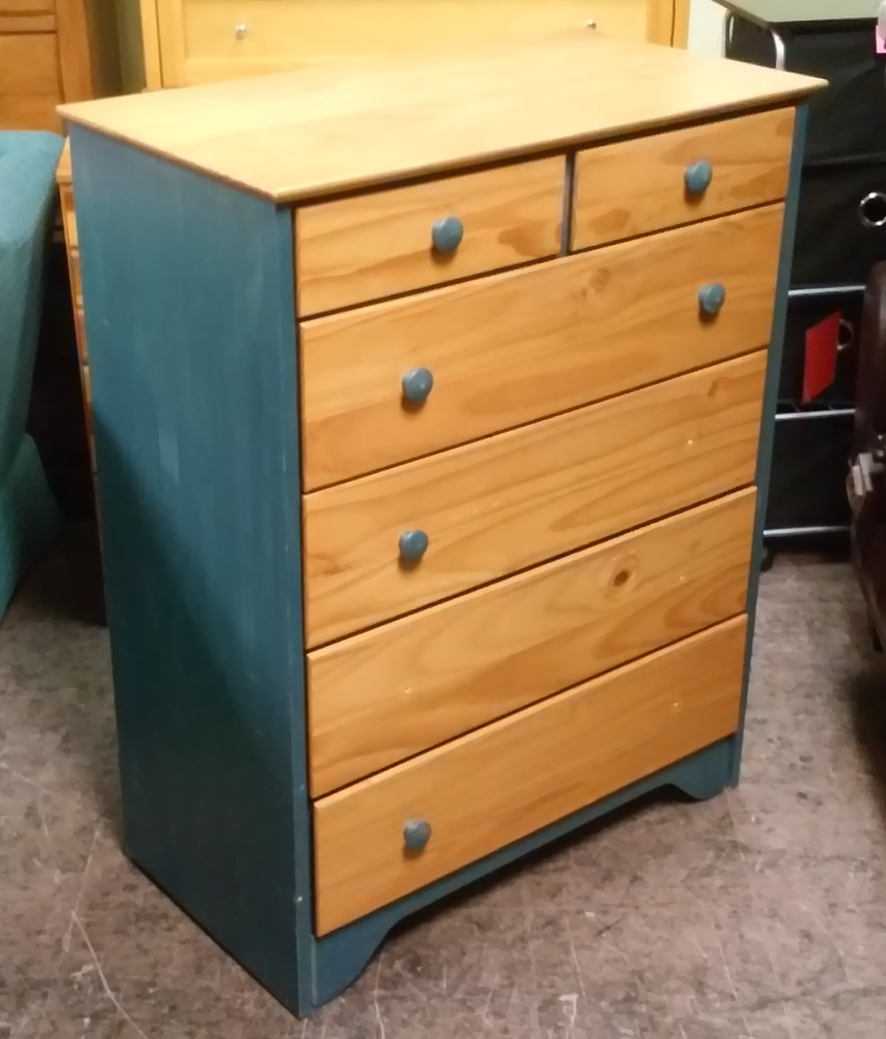 UHURU FURNITURE & COLLECTIBLES SOLD 6 Drawer Painted Pine
