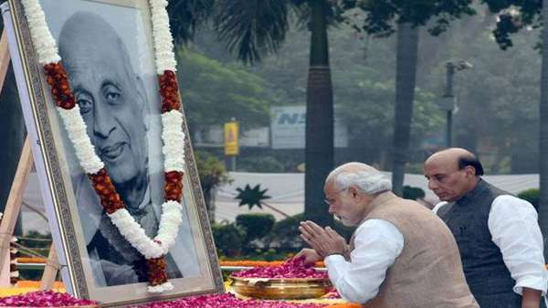 pm-narendra-modi-pays-tribute-to-sardar-vallabhbhai-patel-birth-day