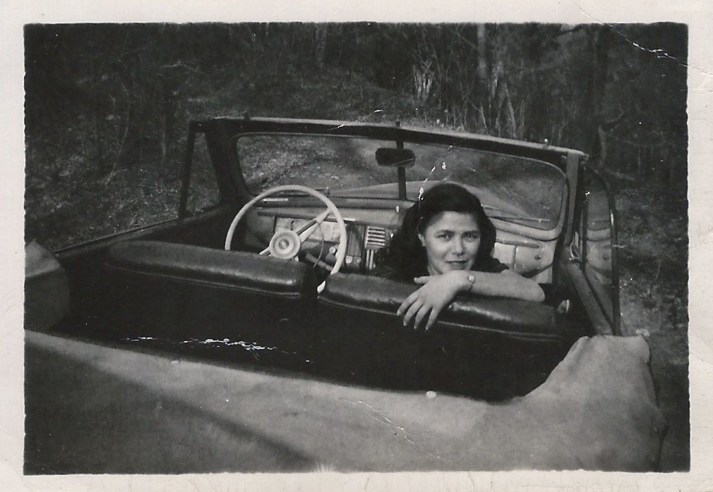 35 Vintage Snapshots of People Posing with Their Classic Convertible Cars from between the 1950s ...