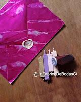 venta de sobres standard para tarjeta de invitacion de boda y 15 con sello de cera lacre sealingwax para cerrar con iniciales en Guatemala