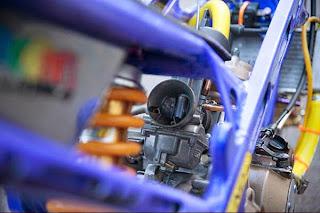 Modifikasi untuk peningkatan performa dengan menghasilkan speed lebih tinggi menjadi hobi tersendiri bagi pecinta kecepatan alias balap. Seperi yang dilakukan tim VND Vincent's JFK Racing, Kawasaki Ninja Tune Up 155 cc yang sukses jadi yang terbaik di dua event dan kelas yang berbeda, secara berturut-turut