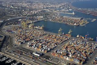 Valenciaport chiude l'anno con 4,83 milioni di container