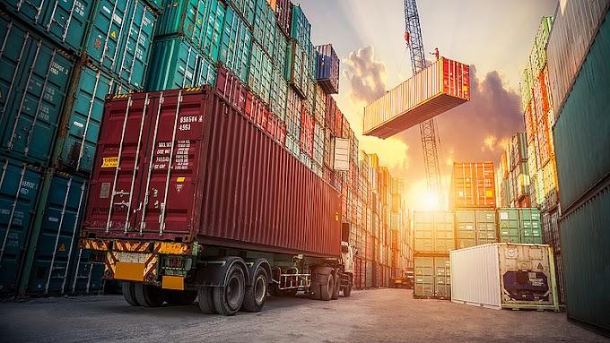 Októberben csökkent az euróövezet külkereskedelmi többlete