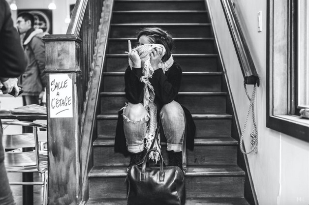 Senorita Meow Fotógrafo cria uma série de fotos de sua namorada tímida