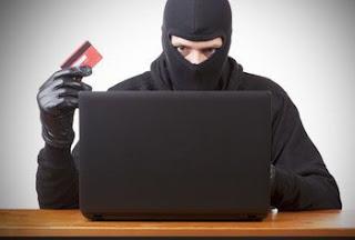 Как защитить кредитную карту от мошенников в банкомате