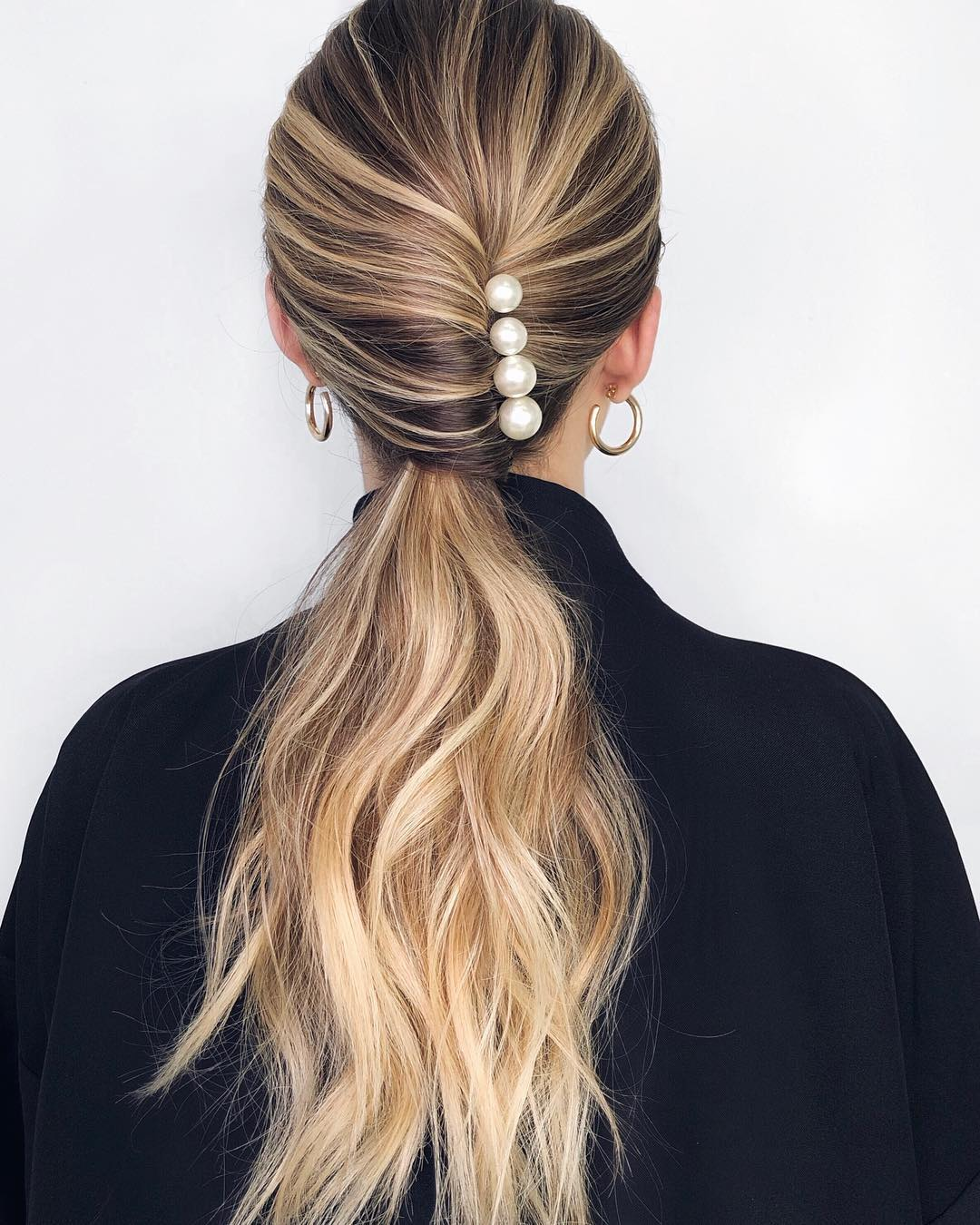 25 Incredibly Cool Pearl-Adorned Hair Accessories
