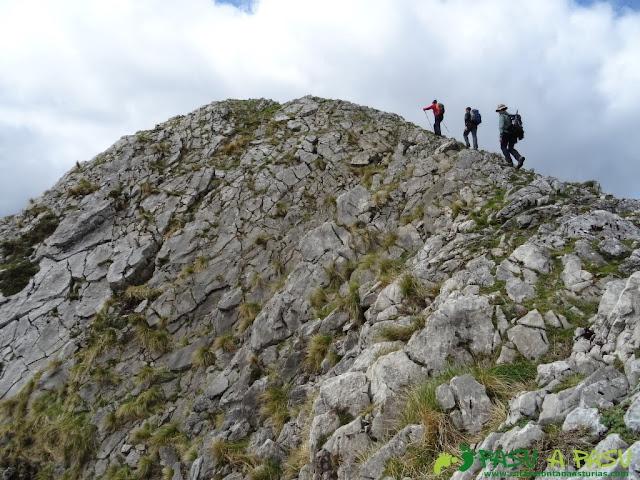 Pico Carriá desde San Ignacio: Llegando al Carriá