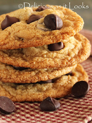 Gluten-Free Chocolate Chip Cookies  |  Delicious as it Looks