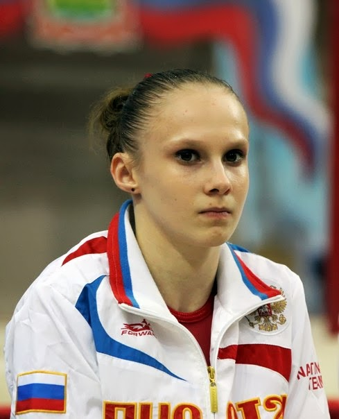 Videos of Russian Gymnasts: Anna Dementieva (Анна Дементьева)
