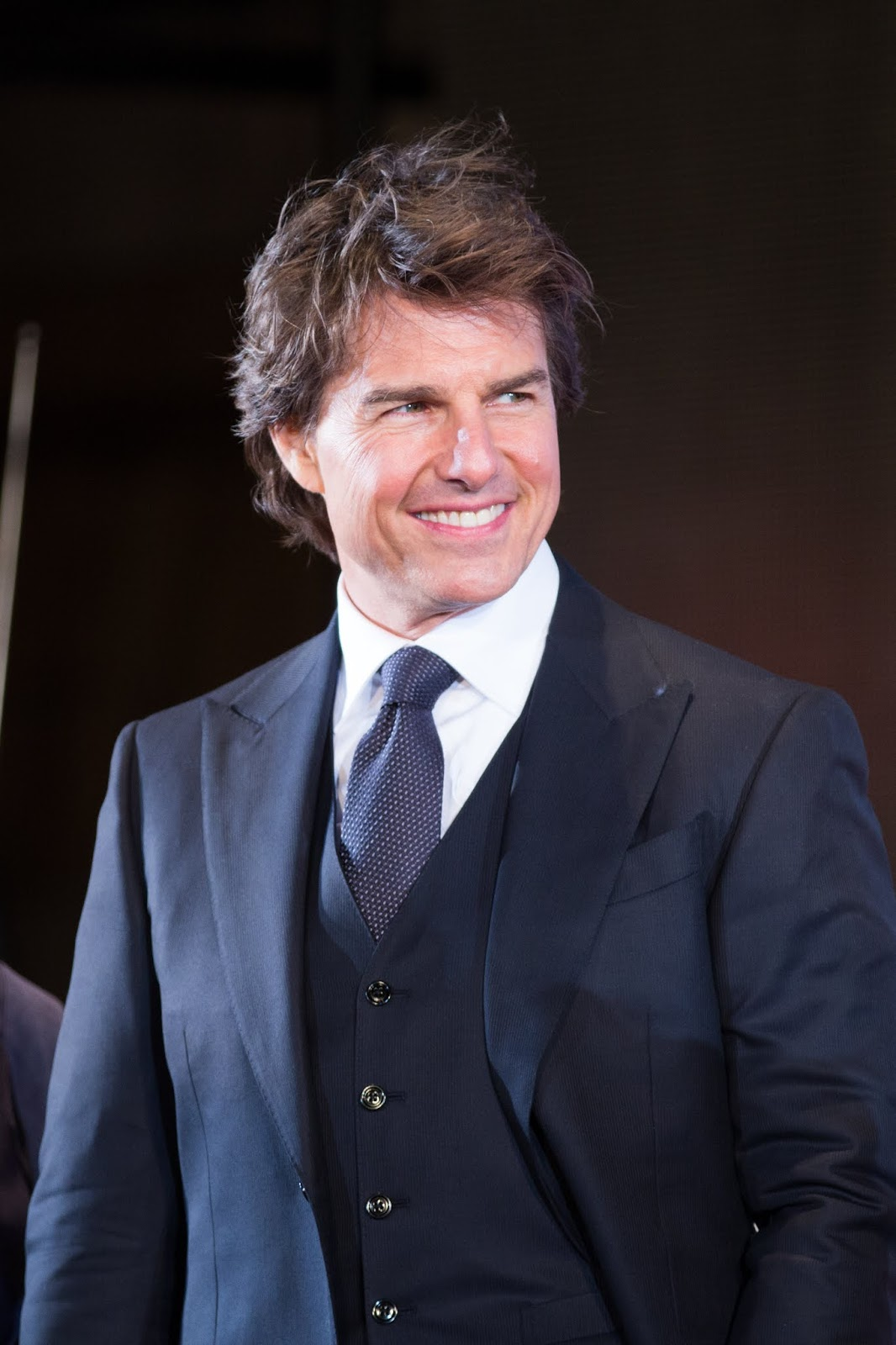 Tom Cruise Age, Height, Wife, Net Worth, Wiki, Biography ...