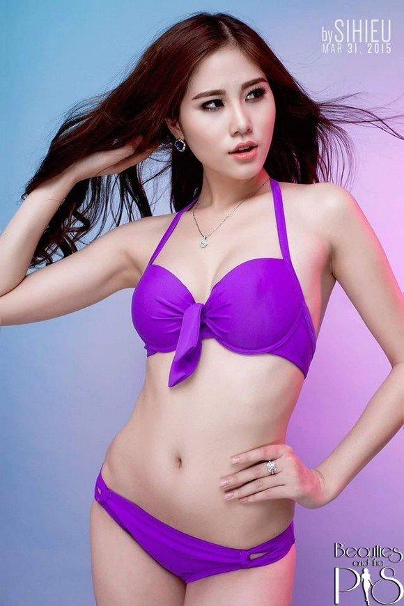 Hoàng Hạnh khoe đường cong nóng bỏng với bikini tím biếc