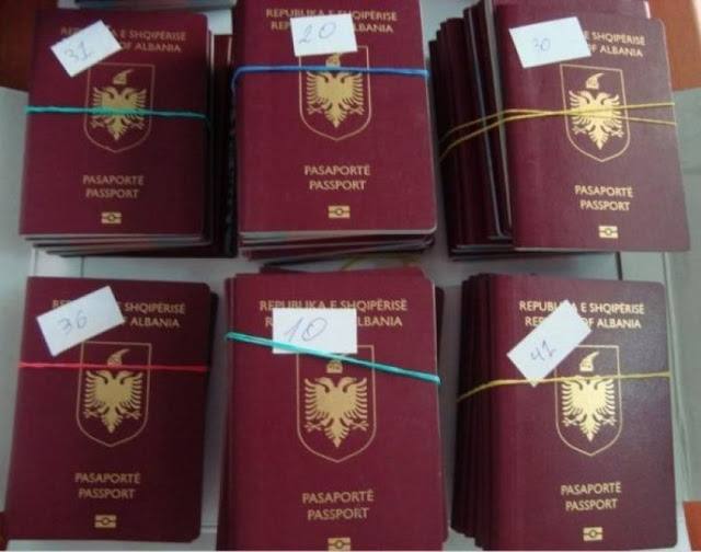 100 Albanian passports stolen in Greece in the car of the Albanian consul