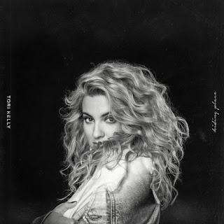 Lirik Lagu Tori Kelly - Never Alone + Arti Dan Terjemahan