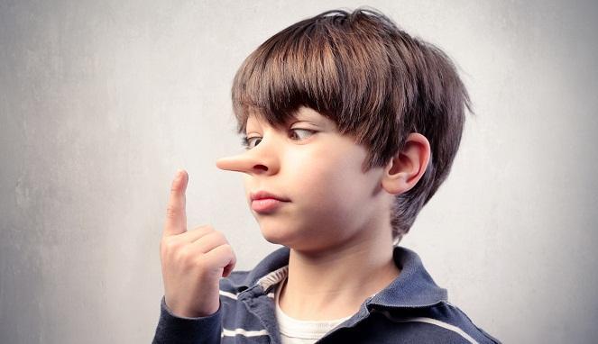 5 Tanda Anak Berbohong pada Orangtua