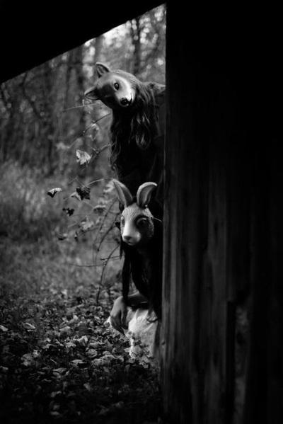 Photographie noir et blanc foret creepy