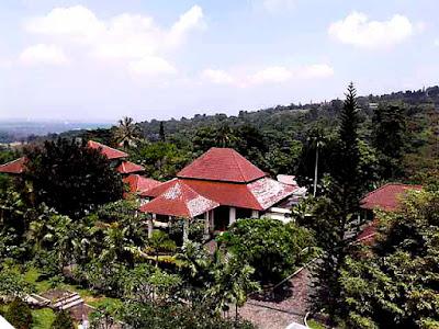 villa tempat retreat di sentul