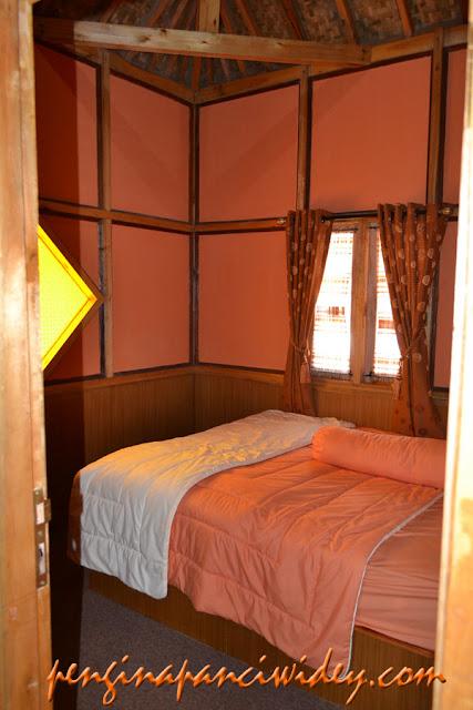 Booking villa di area wisata kawah putih dari kebumen