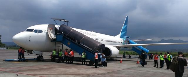 Tips Cara Naik Gojek - Grab di Bandara Abdulrachman Saleh Malang yang Aman