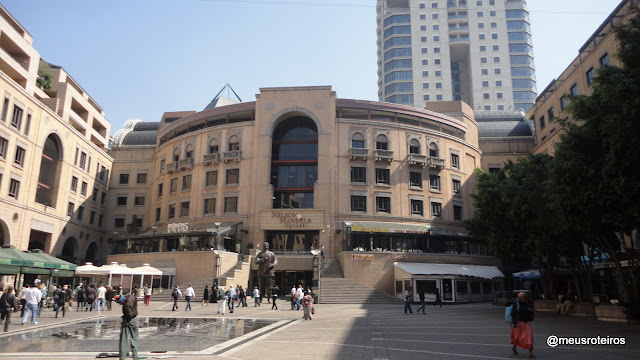 Nelson Mandela Square - Johhanesburg
