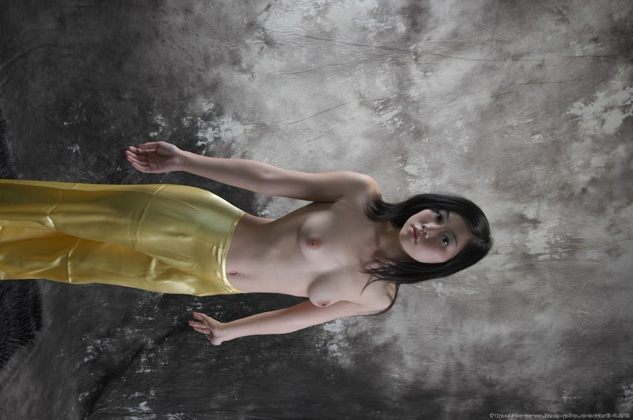 Chinese_Nude_Art_Photos_-_139_-_QuQi_Vol_3.rar.DSC_0617.JPG Chinese Nude_Art_Photos_-_139_-_QuQi_Vol_3 re