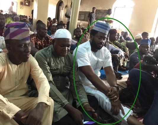 desmond elliott visit mosque