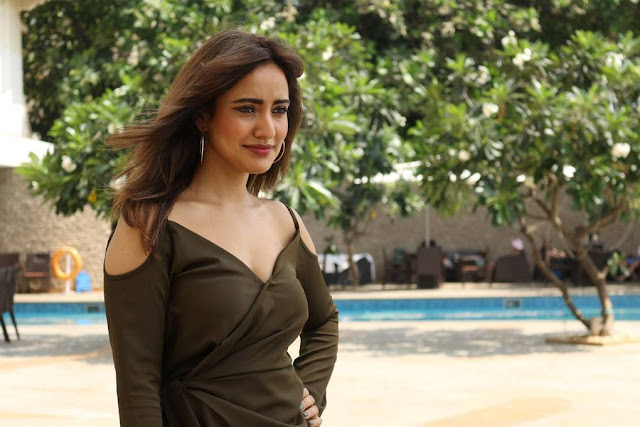 Neha Sharma to Launch Her Own Mobile App