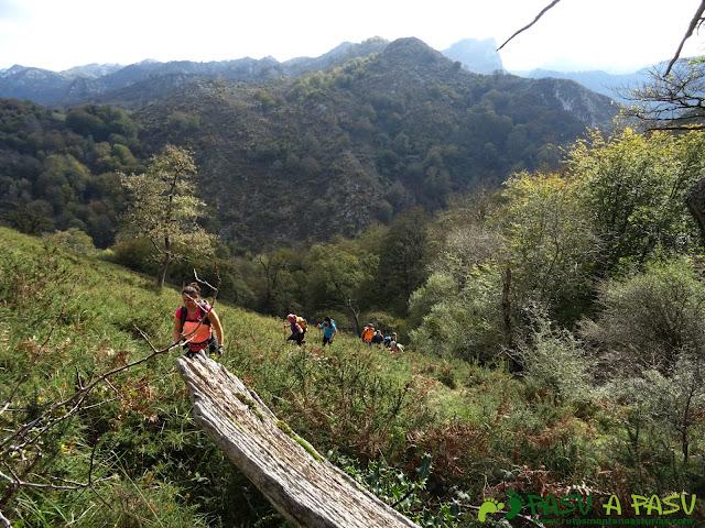 Peña Sienra desde Covadonga: Subiendo a la Peña Sienra